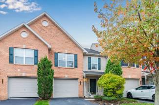 1242 Cross Creek Drive, Mechanicsburg, PA 17050