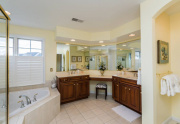 master_bathroom_1_of_1_-3